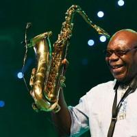 Muere el saxofonista Manu Dibango por coronavirus